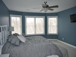 grey and navy bedroom blue and grey bedroom color schemes what color bedding goes with grey walls navy bedroom walls blue gray bedroom pictures light grey