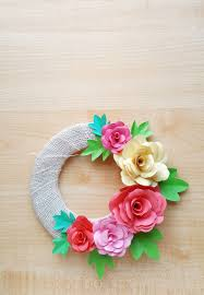 Diy Paper Flower Wreath Diy Paper Roses And A Cool Paper Flower Spring Wreath