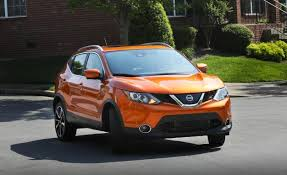 2018 nissan rogue sport. delighful nissan 2017 nissan rogue sport saves some cash but not gas on 2018 nissan rogue sport 2