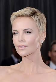 Charlize Theron Short Hair Style pixie haircuts for every face shape 7753 by wearticles.com