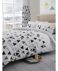 geometric triangle king size duvet cover and pillowcase set grey