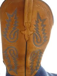 lucchese stingray and tooled leather hand made cowboy boots 8b in excellent condition for