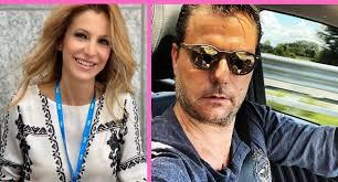 Adriana Volpe single? L'indiscrezione: «La conduttrice e il marito Roberto  Parli si sono lasciati» – Vip e Moda