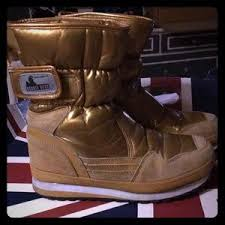 Gold Rubber Duck Snowjogger Boots Size 9