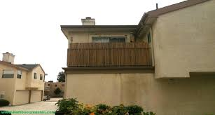 Bamboo fencing cover for apartment balcony