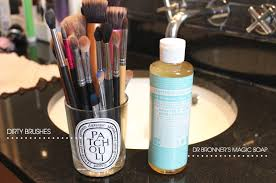 monday mender deep cleaning makeup brushes