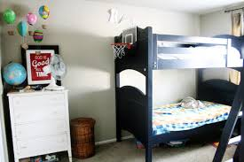 boys-messy-room-with-bunk-beds