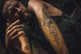 Pod Kůží Vojta Kalina Vypráví O Svém Tetování
