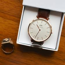 daniel wellington watch review