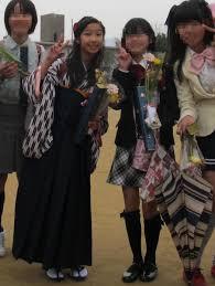 きょこカフェ 小学校の卒業式に袴を着せました