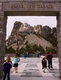 「Mount Rushmore visitors」の画像検索結果