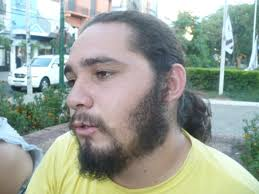 Francisco Estigarribia (22), estudiante universitario. El estudiante tiene 22 años, y la dictadura cayó hace 22 años, pero pese a no haber vivido ese tiempo ... - 00000b62-fb1ab(or)
