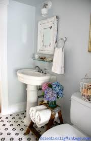 Old Bathroom Decorating Ideas