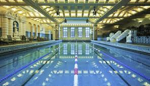 Junior Olympic pool at Chicago's historic InterContinental Hotel