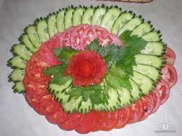 How To Decorate Salad Tray Veggie tray of tomatoes and cucumbers сервировка стола Pinterest 8