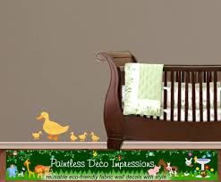 reusable duck and baby ducklings wall decal