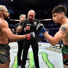 Brandon Moreno vs. Deiveson Figueiredo trilogy booked for UFC 269 in  December - MMA Fighting
