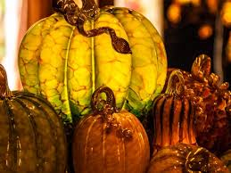 these hand blown glass pumpkins and gourds capture the spirit of fall