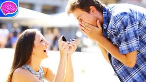 Girl propose to guy