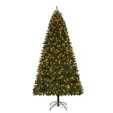 Shop Vickerman 45ft 349Count Prelit Alaskan Pine Flocked 6 Foot Christmas Tree With Lights