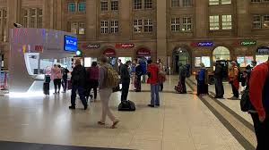 Die gewerkschaft deutscher lokführer (gdl) erneuert ihre streikdrohung. Lokfuhrerstreik Viele Zugausfalle In Sachsen Kaum Auswirkungen Auf Db Mitbewerber Mdr De