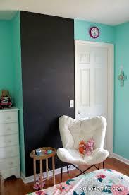 chalkboard wall in a tween bedroom