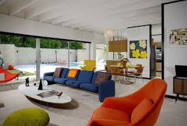 Colorful modern furniture Curved Sectional Sofa This Midcentury Modern House Is Neutral Space Done With Colorful Furniture And Textures Digsdigs Midcentury Modern House With Colorful Furniture Digsdigs
