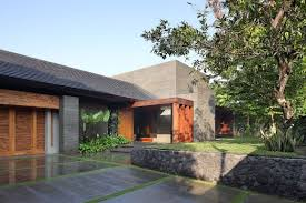 Small Picture Luxurious and Elegant Diminished House in South Jakarta