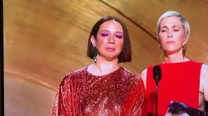 Kristen Wiig & Maya Rudolph - They SANG at the Oscars 2020 - YouTube