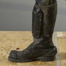 boots knobby sole jpg