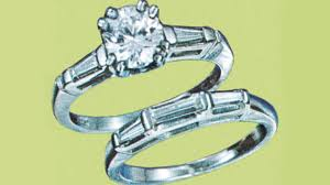 how to clean your enement or wedding ring at home