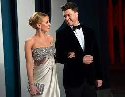 Scarlett Johansson und Colin Jost sind ...