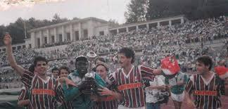 Clube de futebol estrela da amadora, sometimes just estrela, is a portuguese sports club (predominantly football) based in amadora, northwest of lisbon. Mourinho From Estrela Da Amadora To Special One