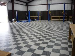 Advantage Flooring   Checkered VCT Tile In Garage