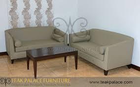 sofa minimalis kulit set ruang keluarga bandung