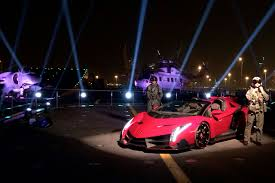 lamborghini veneno roadster wallpaper. lamborghini veneno red wallpaper hd desktop roadster