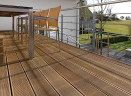 Sortiment mit großer auswahl an aus einer großen auswahl an farben ein eigenes muster oder design kunstvoll realisieren? Bodenbelage Fur Den Balkon Eine Ubersicht Living At Home