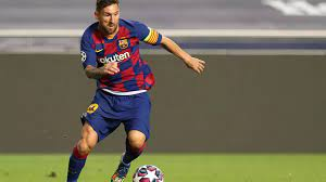 ميسي بصدد توقيع عقد جديد لخمس سنوات مع برشلونة