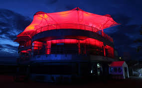 lighting design and effects lighting installation of the brdc clubhouse silverstone british lighting designers