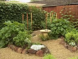 small gardens landscaping ideas. Original Garden Beds Small Yards Big Designs Diy Gardens Landscaping Ideas E