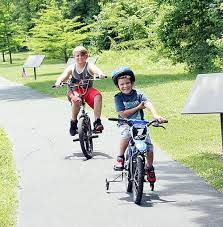 All Smiles on First Bicycle | | emissourian.com