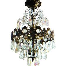 correctly clear your crystal chandelier get pleasure from your chandelier s crystal clear shine heavy obligation cleaning distilled white vinegar and a