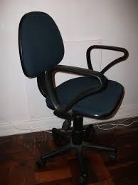 choosing an office chair. a typical typistu0027s chair choosing an office