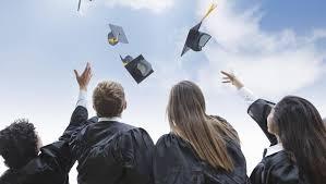 le monde во Франции процветает рынок фальшивых дипломов ФРАНЦИЯ  steve debenport getty images