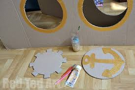 cardboard pirate ship photo prop and play house step 6
