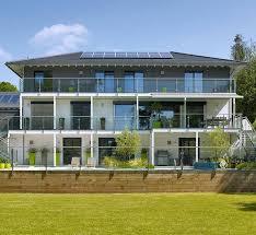 modern house. Delighful House Modern House TreehouseCambridge  England  Bond With E