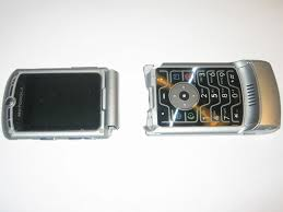 first motorola flip phone. my broken motorola razr v3 first flip phone u
