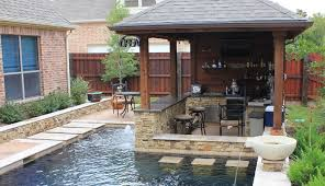 backyard designs with pool and outdoor kitchen. Exellent Outdoor Outdoor Kitchen Pool Bar On Backyard Designs With Pool And Outdoor Kitchen A