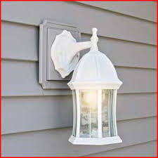 installing exterior light fixture on vinyl siding fixtures