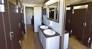 Mobile Bathroom Rental Decor